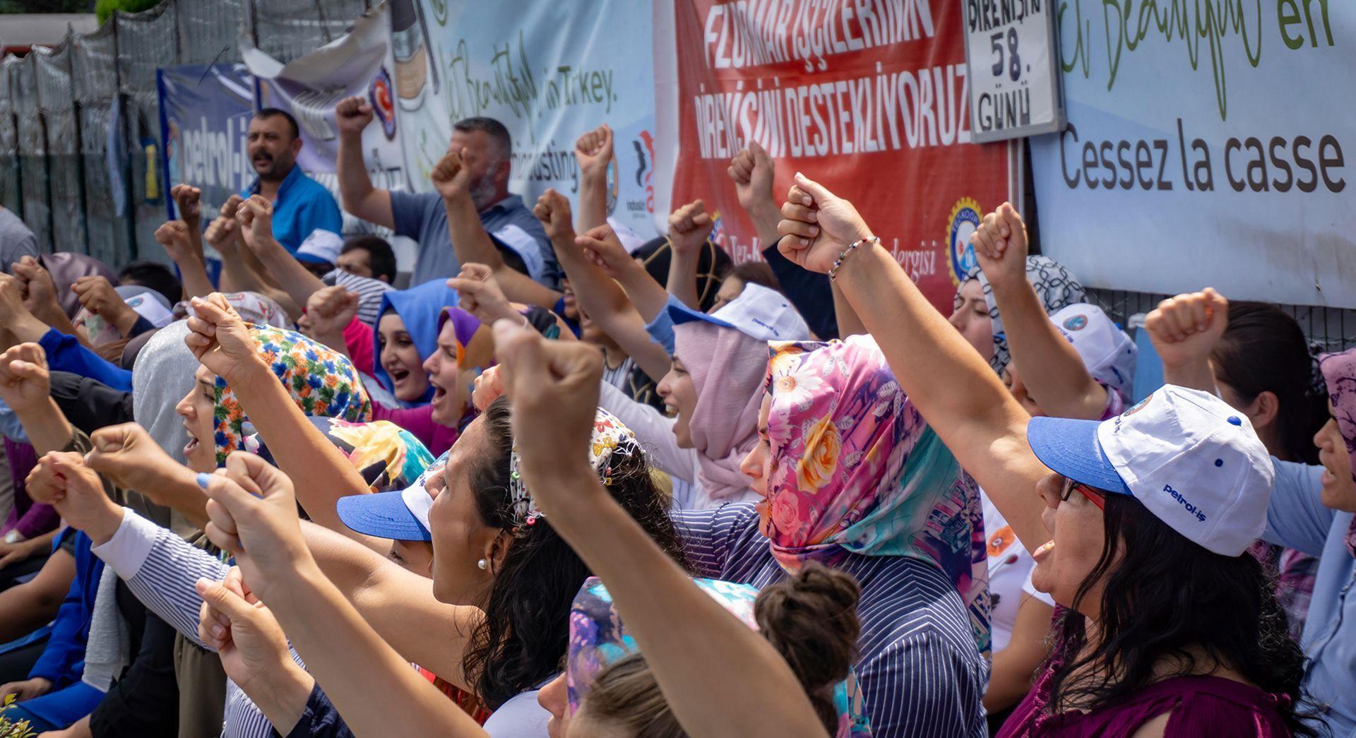 Stop union crackdown in Turkey